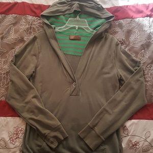 Old Navy hunter green v neck hoodie